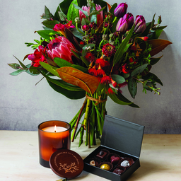 Photo of Flowers, Chocolates & Salamanca Candle