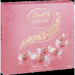 Photo of Lindt Lindor Gift Box Strawberries & Cream 150g